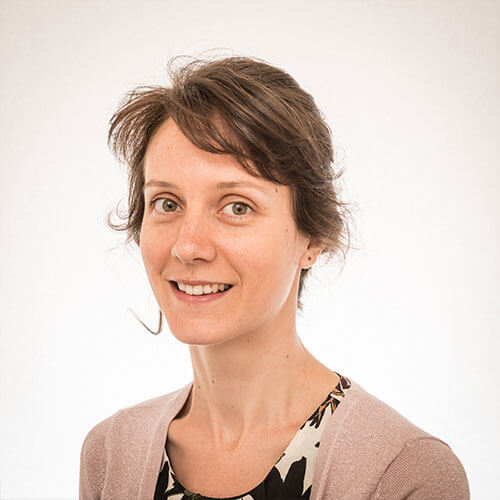 Dr. Julie Hamaide