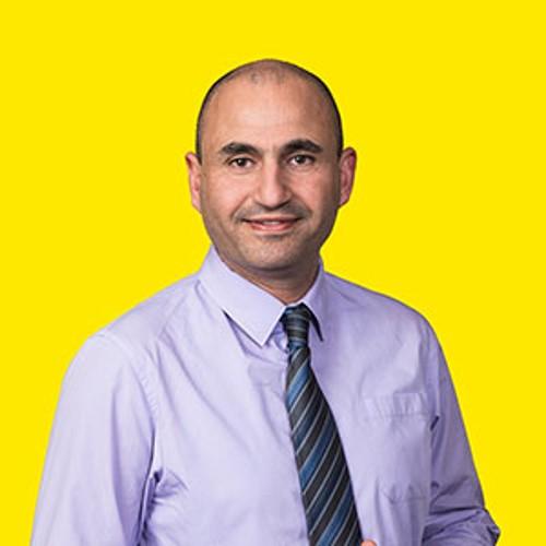 Dr. Nader Akil