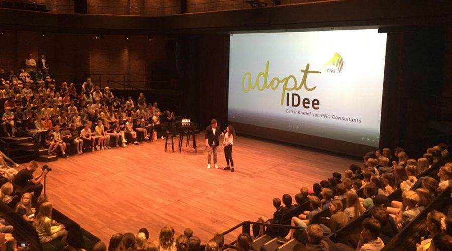 350 kinderen presenteerde hun innovaties aan het bedrijfsleven